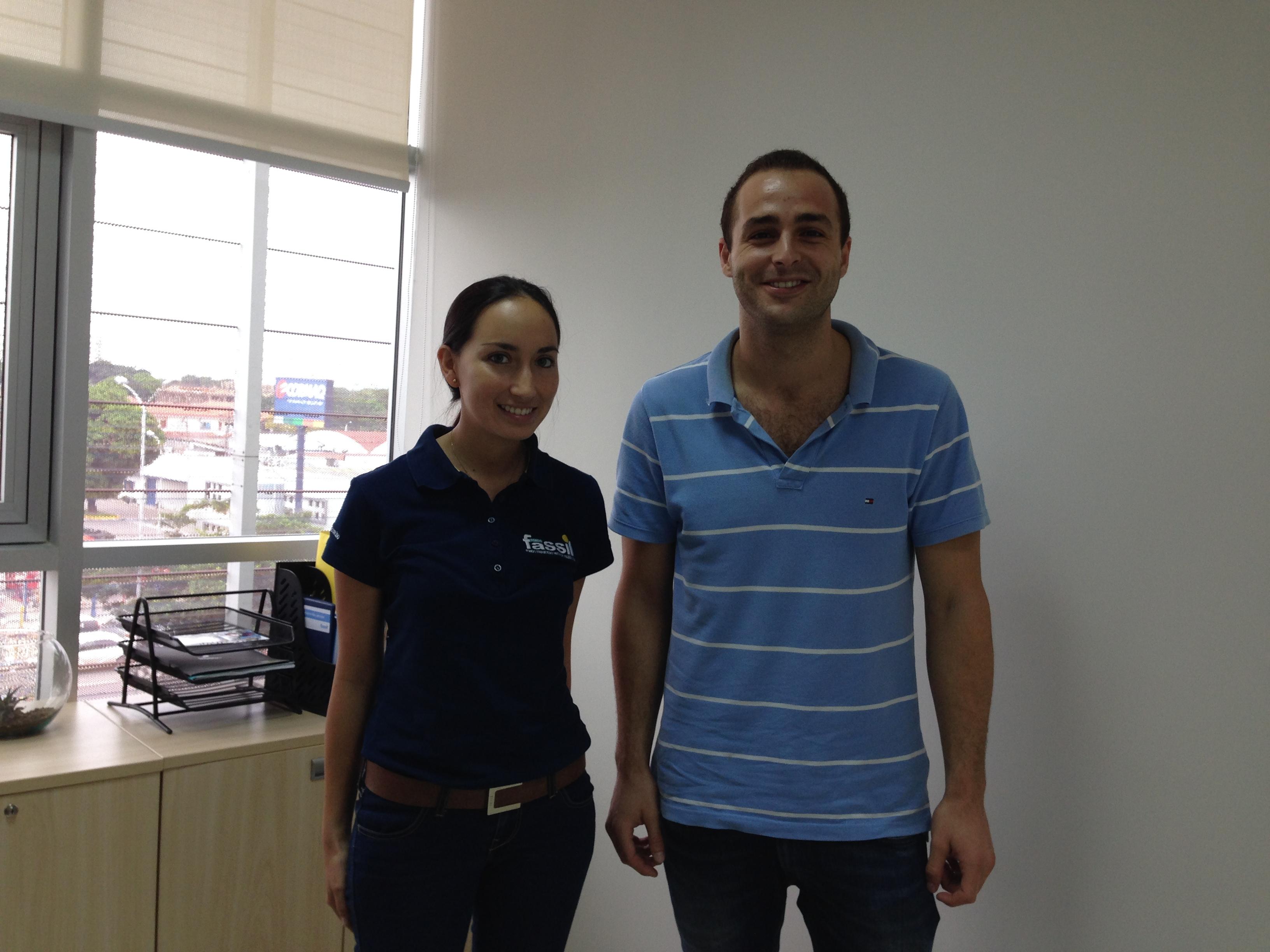 Con Fabiola Asbun (Jefe de Comunicación y Responsabilidad Social) del Fondo Financiero Privado Fassil