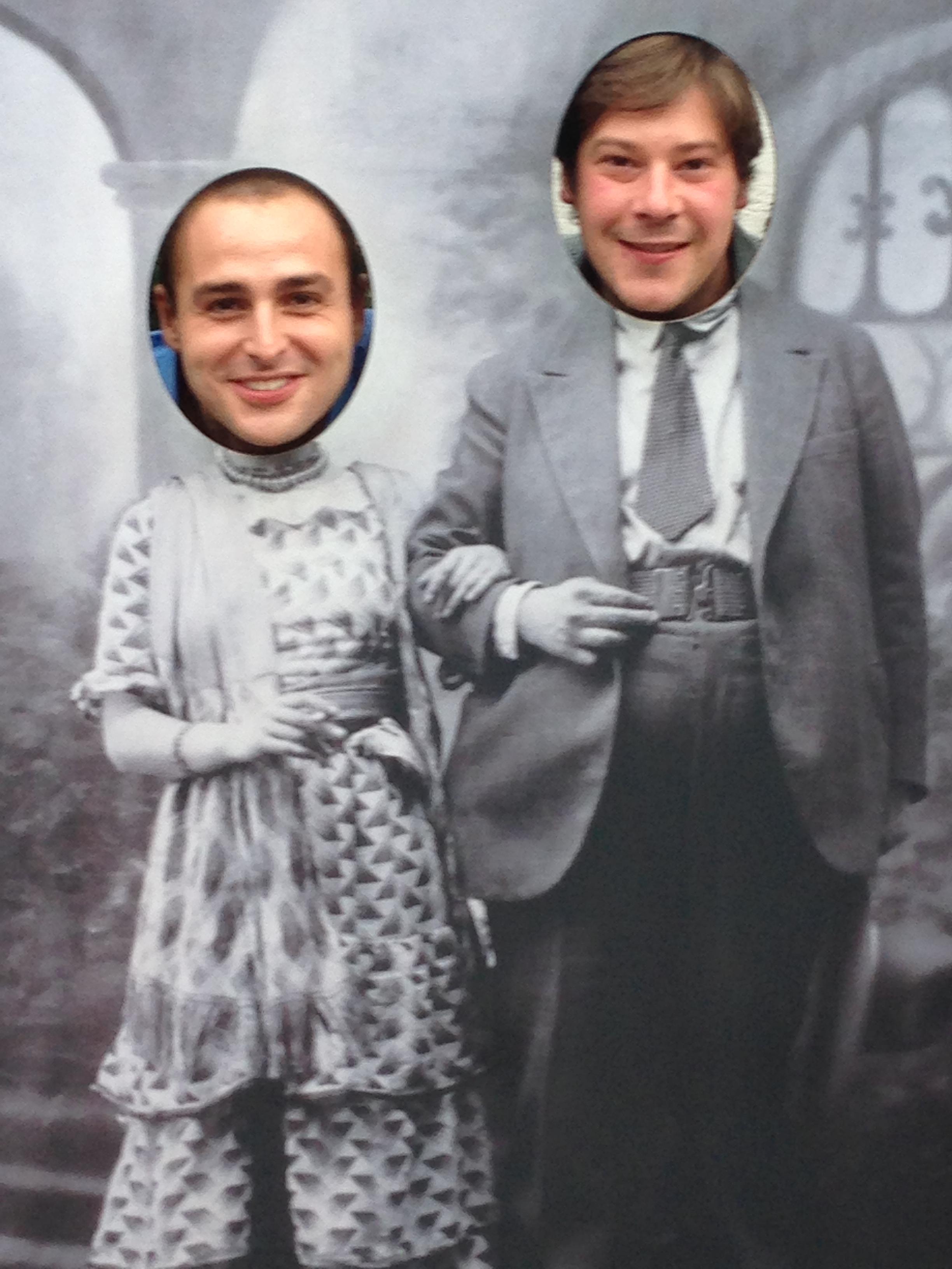 Álvaro y yo representando a Frida Kahlo y Diego Rivera