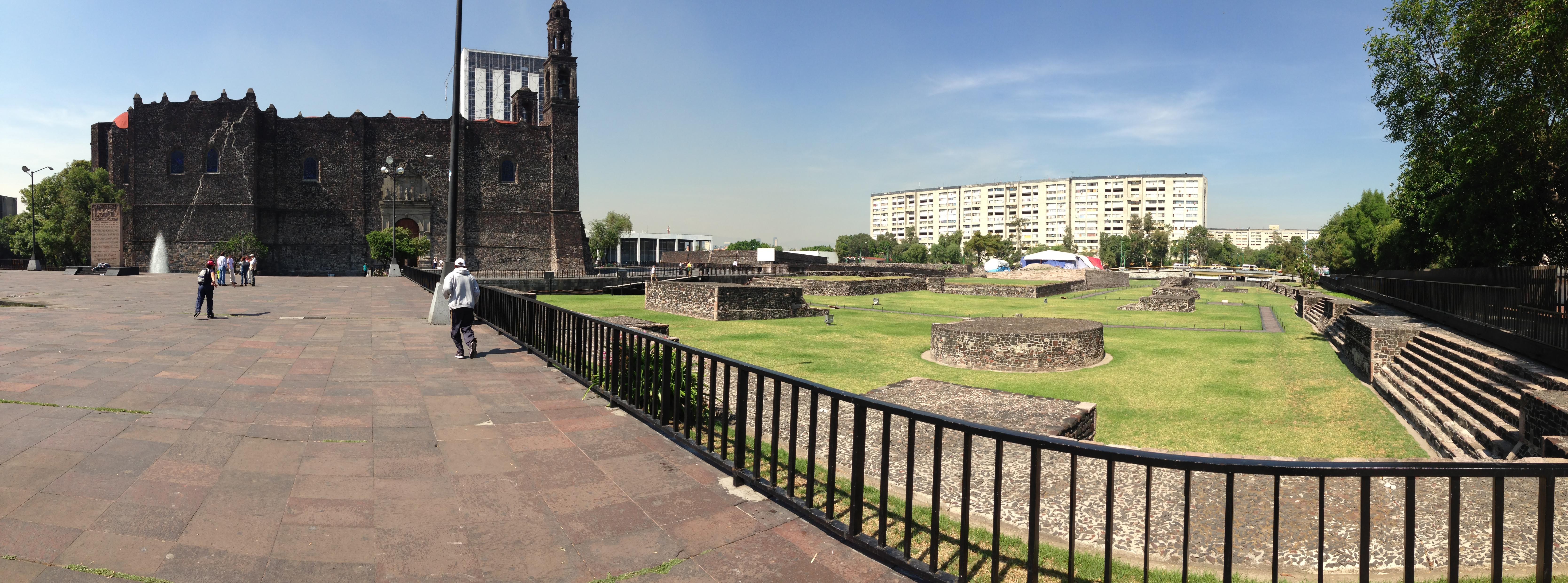 La Plaza de las Tres Culturas