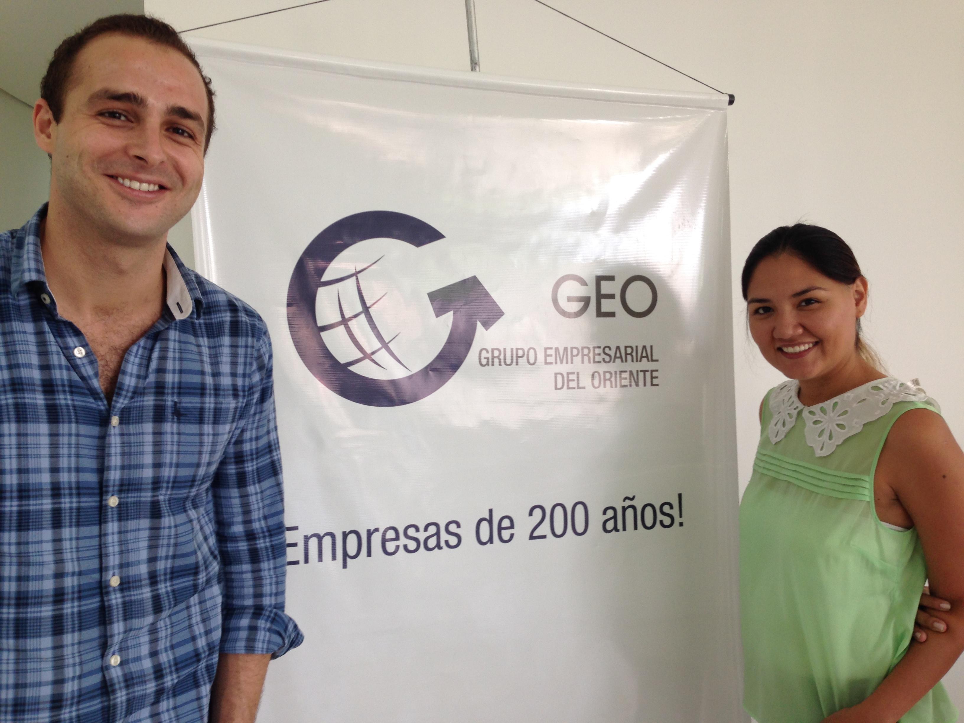 Con Viviana Villalpando (Gestora Desarrollo Humano División Servicios) de Grupo Empresarial del Oriente