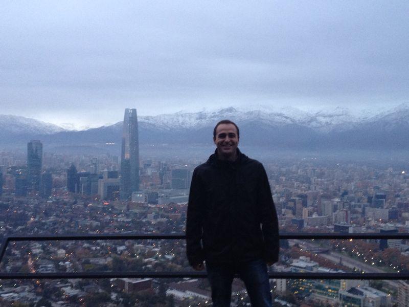 En el cerro de San Cristóbal (segundo punto más alto de Santiago solo superado por el cerro Renca)