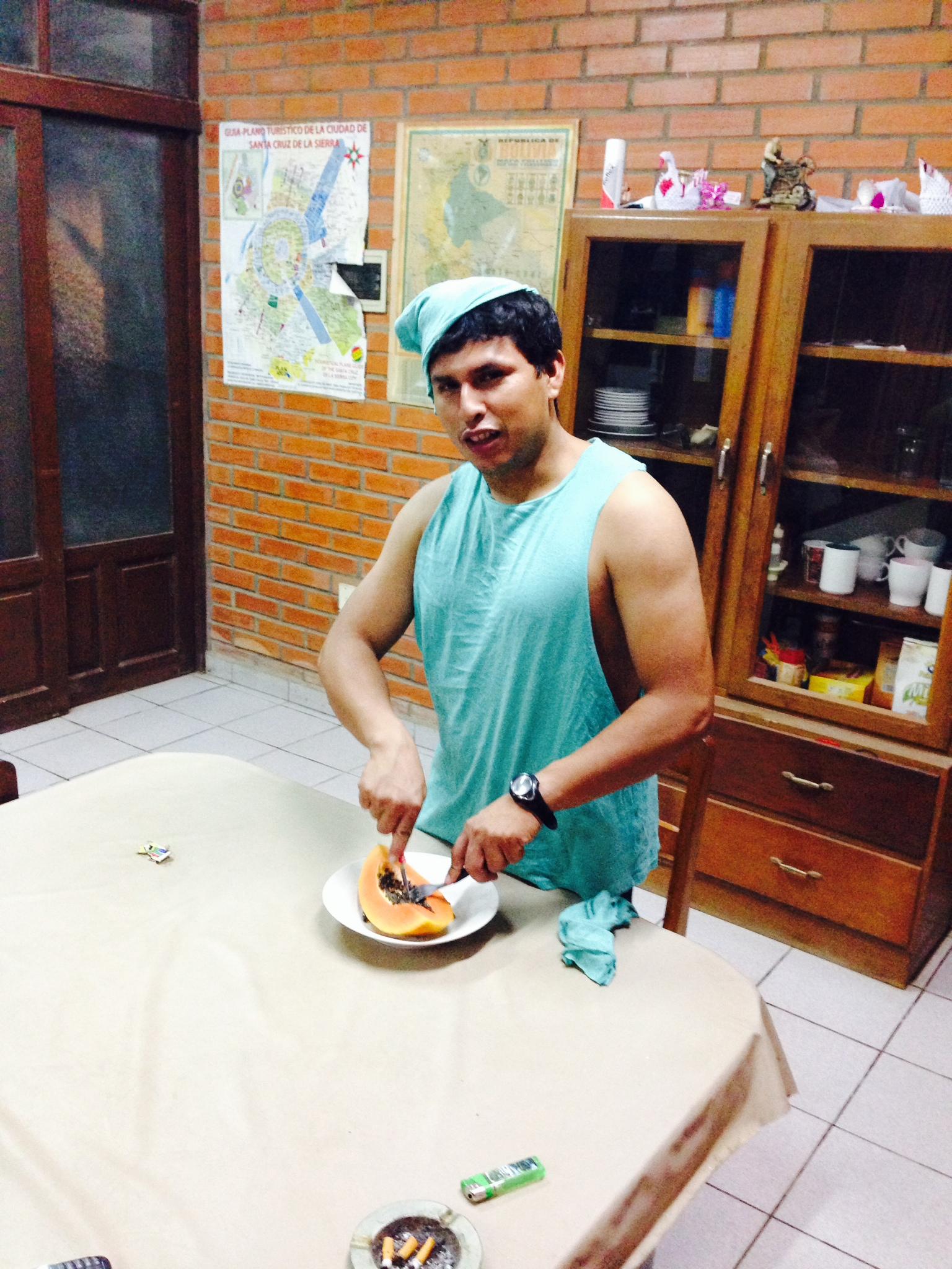 José Lino Rocha vestido de Peter Pan. Él es uno de los hombres importantes de