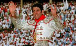 Usted saliendo a hombros en aquella gloriosa tarde del 11 de Julio de 1999 en Pamplona