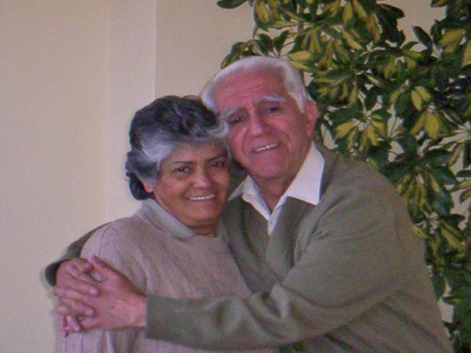 El ex sacerdote D.Rámiro junto a su esposa Cira en una imágen de archivo que me envió él tras leer su historia de amor en el Capítulo 12